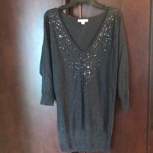 Women's V neck sweater with sequin detail size XS